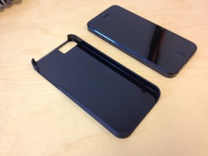 iPhone 5 case - Gear 4 Thin Ice Rubber Black